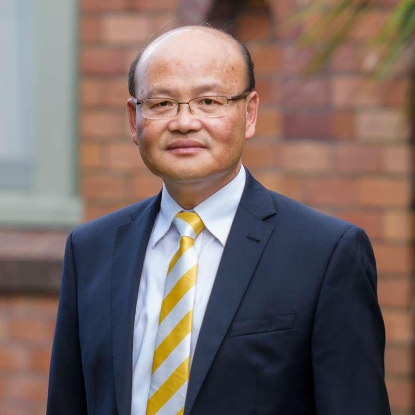 Raymond Wong