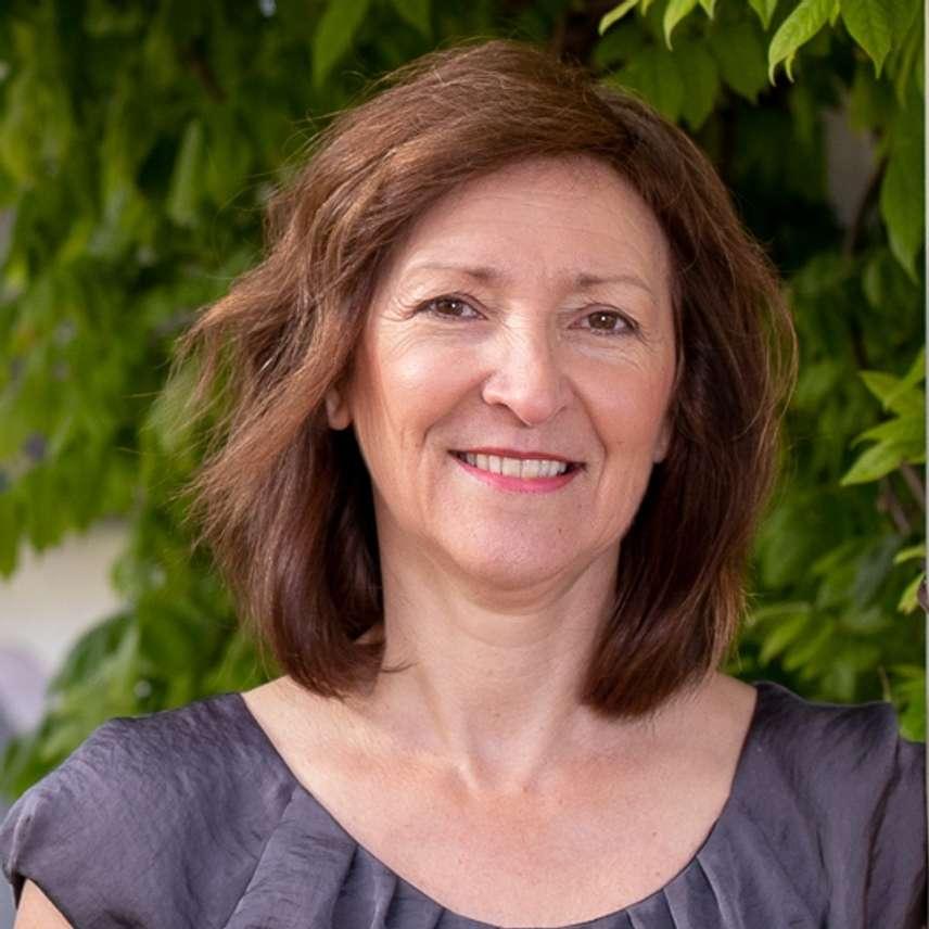 Sue Dolling
