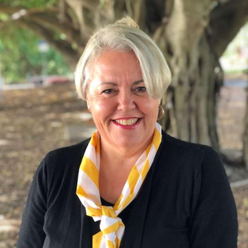 Andrea Barlow