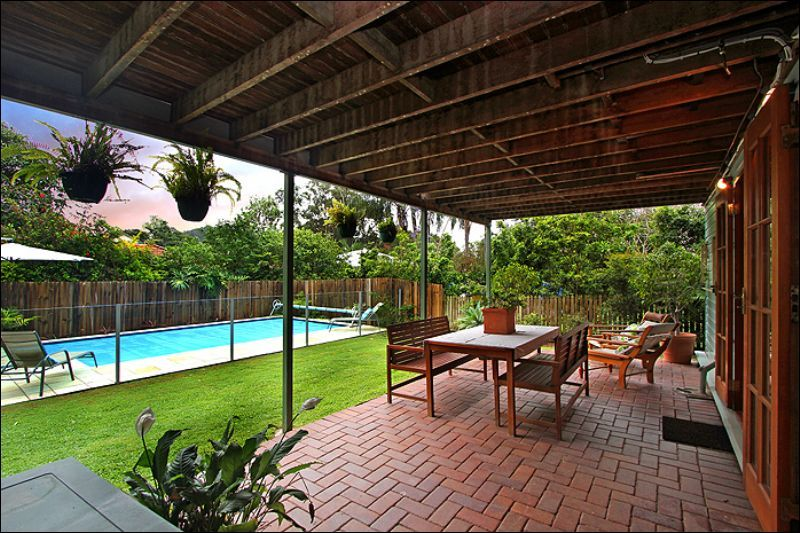 18 Glenlyon Drive, Ashgrove, QLD - Residential House Sold