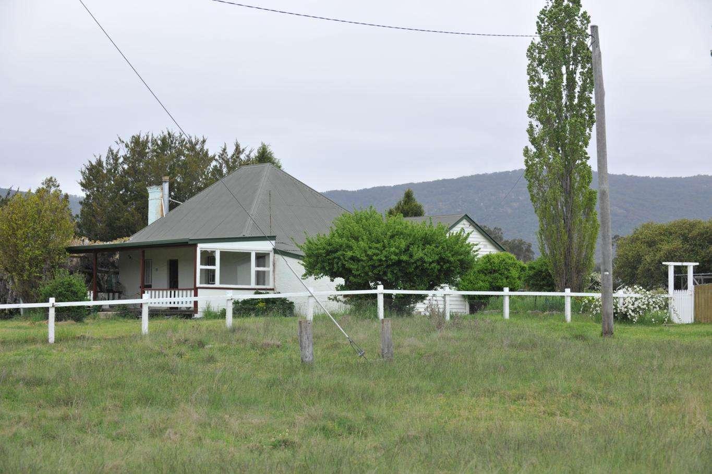 6133 New England Highway, TENTERFIELD, NSW 2372 - Sold Rural