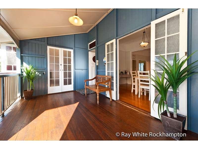 73 Albert Street, THE RANGE, QLD 4700