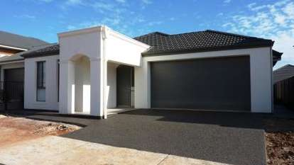27 Hayfield Avenue, BLAKEVIEW
