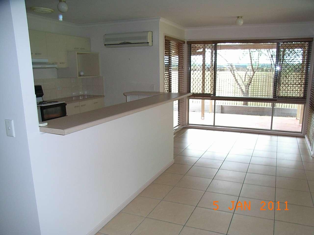 94 Oldfield Road, SINNAMON PARK, QLD 4073