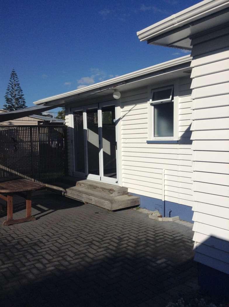 23 Maui Pomare Street, BLOCKHOUSE BAY, Auckland City 0600