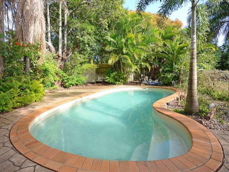 91 Oleander Avenue, KAWUNGAN, QLD 4655