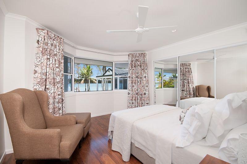 38 Palm Terrace Yamba Nsw 2464
