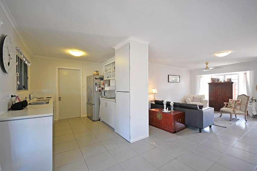 34 Boongala Road, Broadbeach Waters, QLD 4218