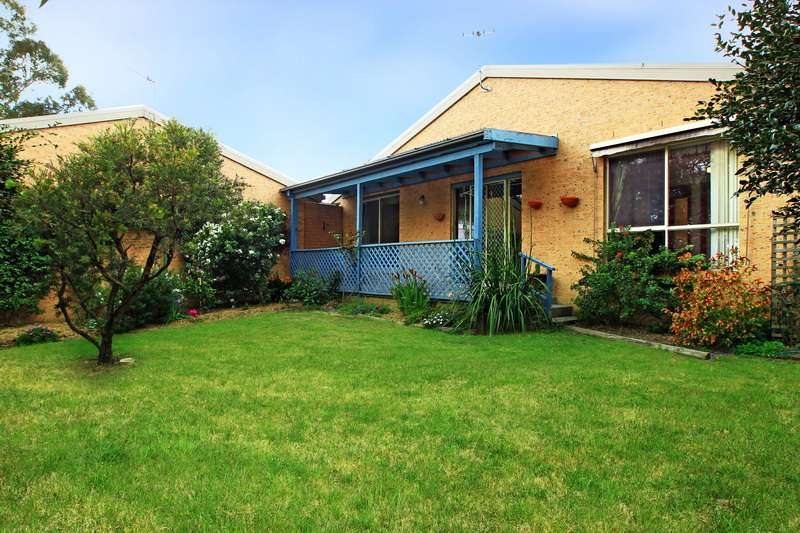 4/5 Waroo Place, Bomaderry, NSW 2541