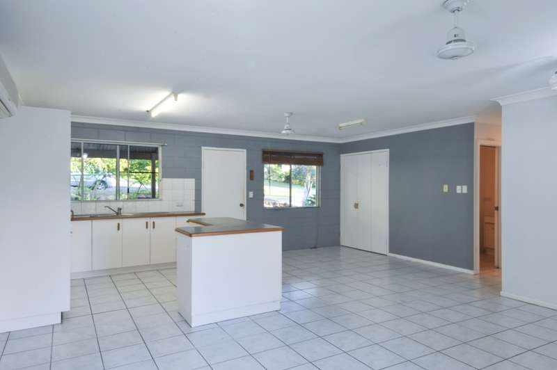 5 William Close, CANNONVALE, QLD 4802