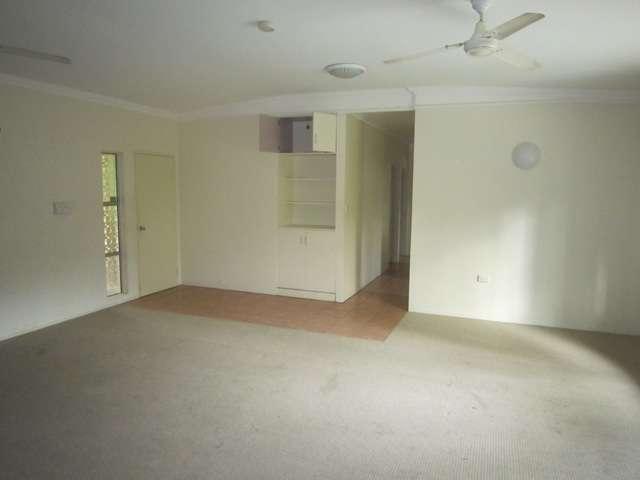 2 Victory Close, EDMONTON, QLD 4869