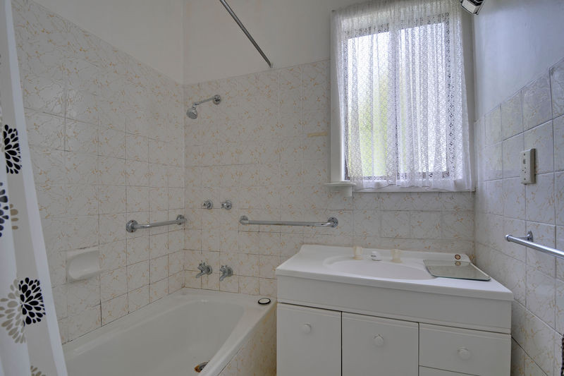 Bathroom Renovations Traralgon 3 mccallum court, traralgon, vic 3844 - sold house - ray white