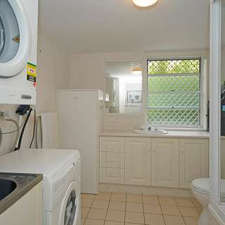 Thumbnail of Unit 1/8-16 Dalpura Street, CHEVRON ISLAND, QLD 4217