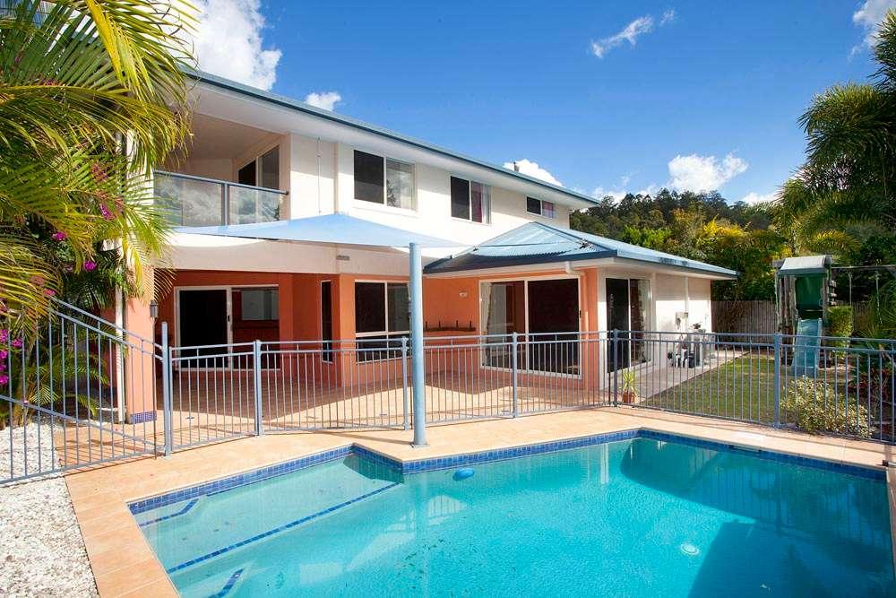 10 Bonros Place, THE GAP, QLD 4061