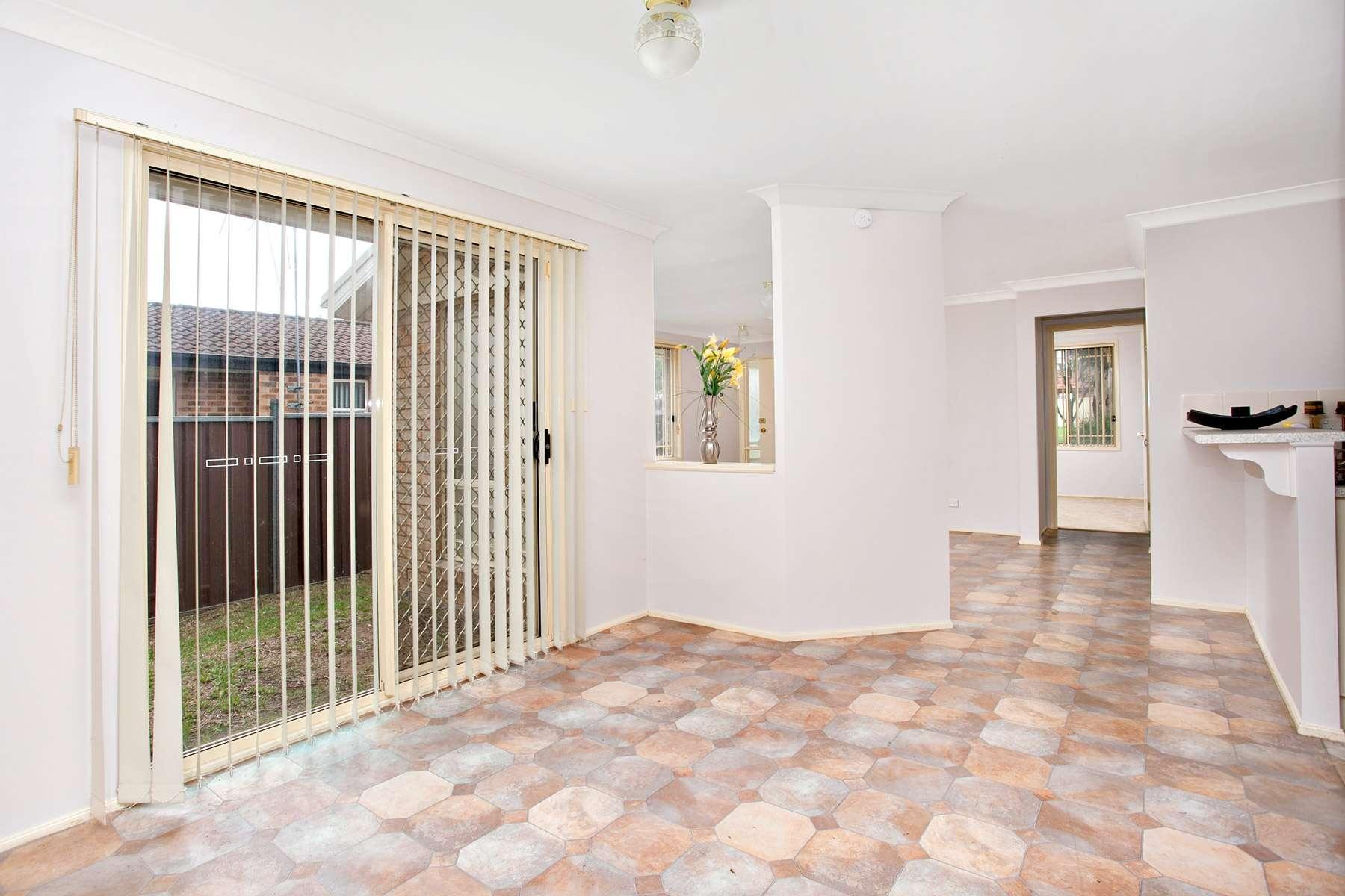 21B Brierley Crescent, PLUMPTON, NSW 2761