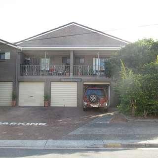 Thumbnail of 1/2 Orvieto Avenue, MERMAID WATERS, QLD 4218