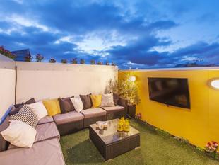 3 Bedroom Townhouse - 3 Bathroom & Roof Terrace - Adelaide