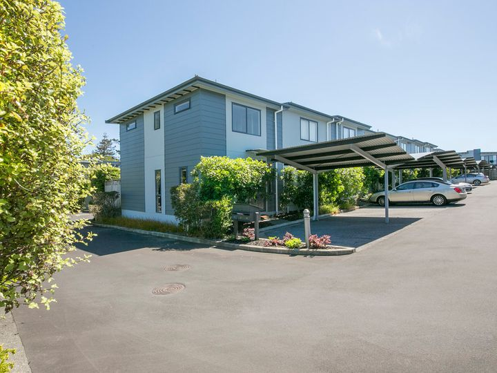 21/8 Soljak Place, Mt Albert, Auckland City