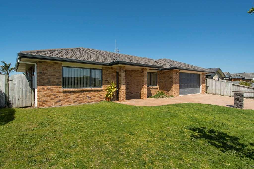 21 Golden Sands Drive, Papamoa, Tauranga City 3187