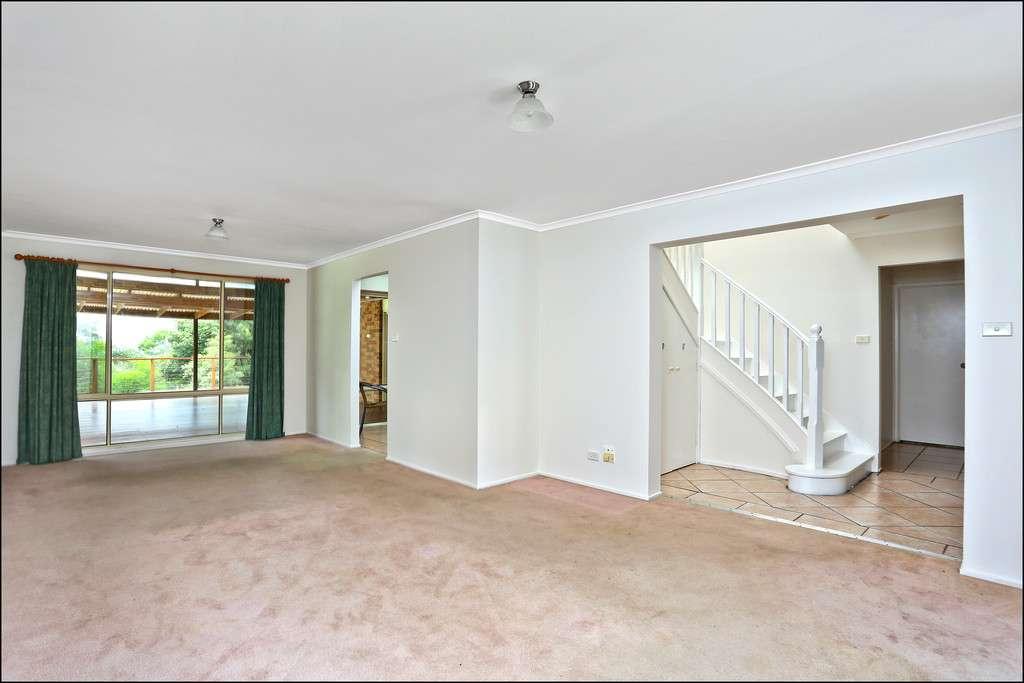 295 Lieutenant Bowen Drive, Bowen Mountain, NSW 2753