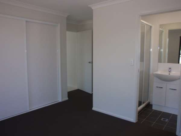 13 Burns Street, Capella, QLD 4723
