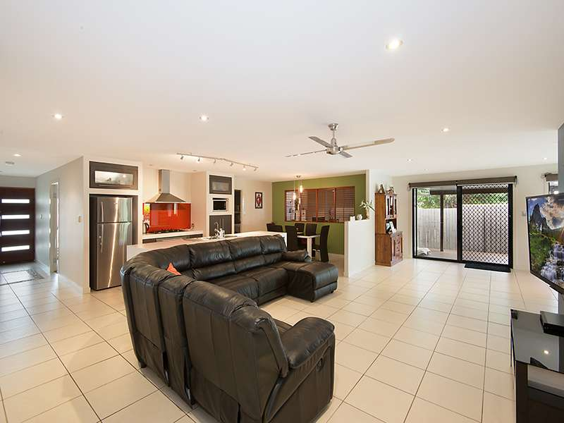 10 Kalbarri Court, NORTH LAKES, QLD 4509