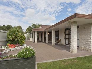 Vendors On the Move! Spacious, Quality Living - Central - Palmerston Nth