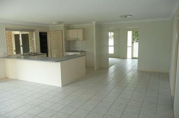 2 Landsborough Place, Forest Lake, QLD 4078