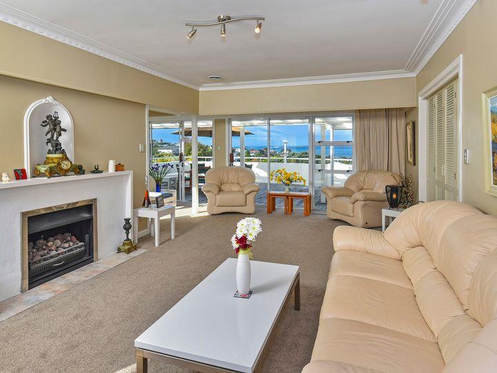 47 Parr Terrace, Castor Bay, North Shore City