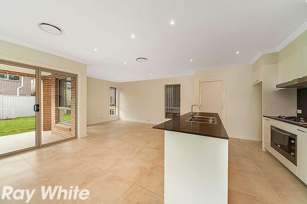 6 Whitely Avenue, Kellyville, NSW 2155