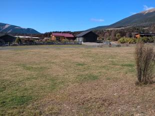 Great Section - Great Location - St Arnaud