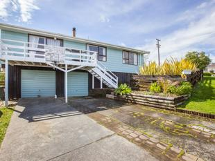 LOOKING TO DOWNSIZE? - Snells Beach