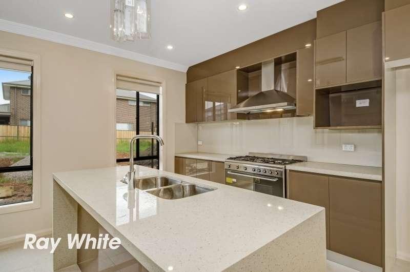 17 Springwood Avenue, The Ponds, NSW 2769