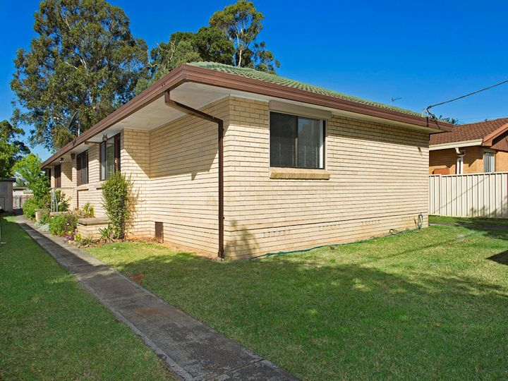 1/132 Central Avenue, Oak Flats, NSW