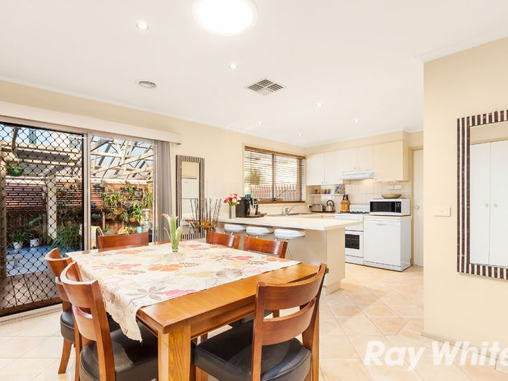4 Brentfield Court, Mill Park, VIC