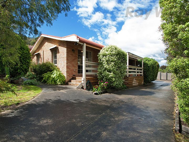 13 Horatio Court, Lilydale, VIC