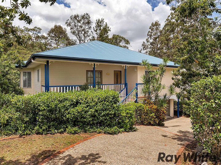 31 Woodtop Court, Ferny Hills, QLD