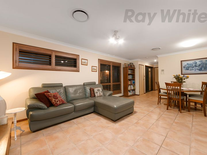 7 Stanton Court, Eight Mile Plains, QLD