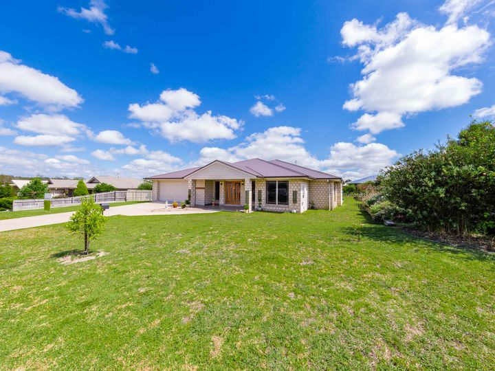 16 Vicky Avenue, Crows Nest, QLD