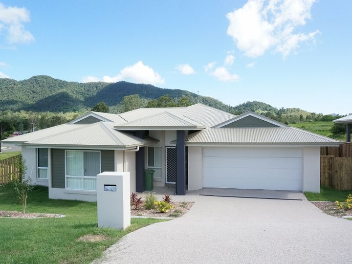 5 Helm Place, Cannonvale, QLD