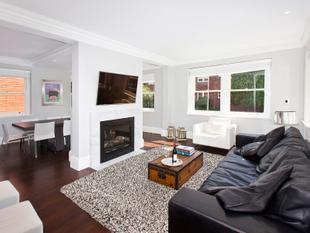 Luxurious Designer Apartment in Prestigious Locale - Point Piper