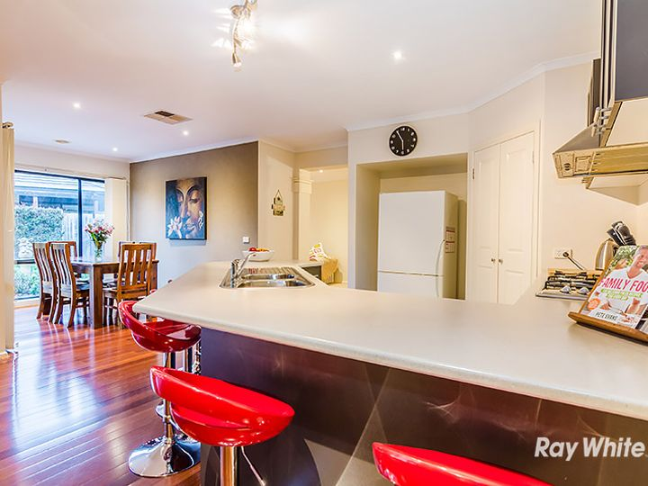 14 Formby Place, Cranbourne, VIC