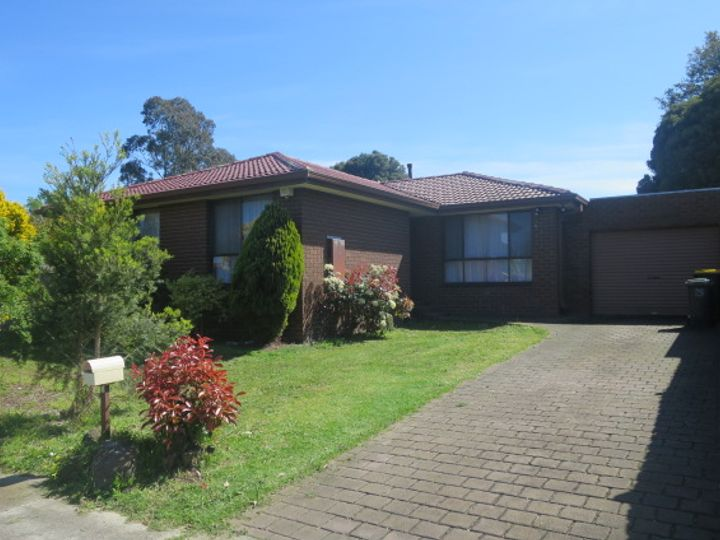 1 Idriess Court, Mill Park, VIC