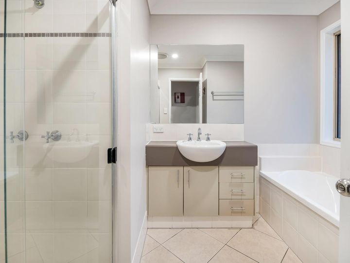 13 Diamond Sand Drive, Upper Coomera, QLD