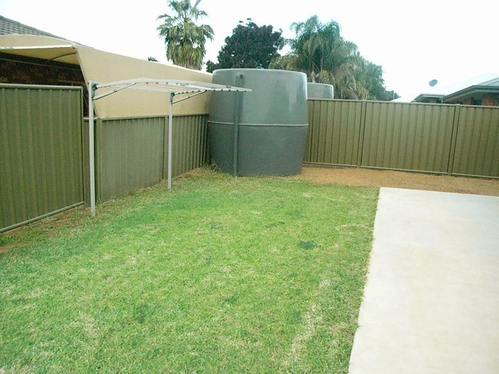 2A Thornett Place, Dubbo, NSW