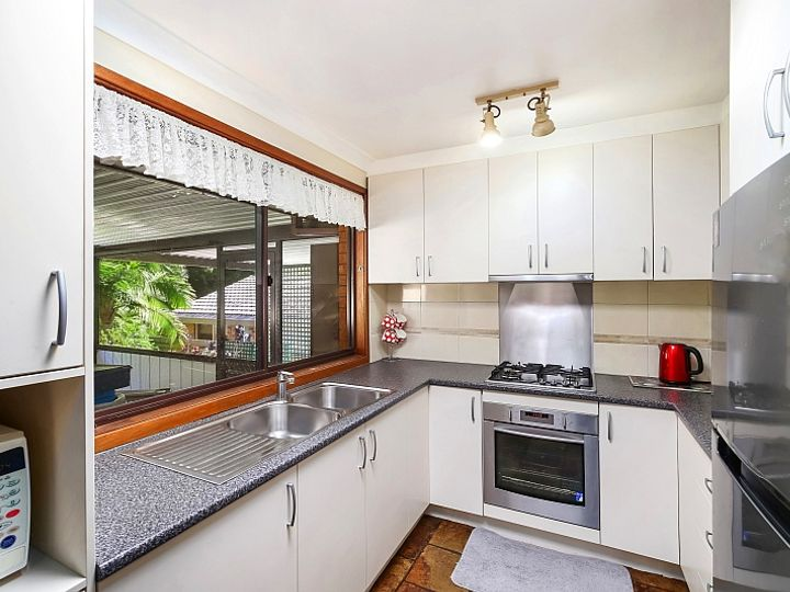 5 Verden Close, Green Point, NSW