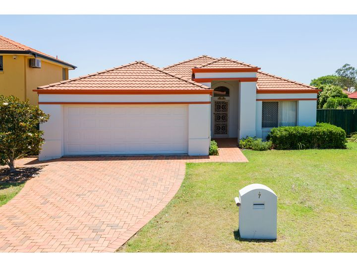 7 Dorval Close, Mansfield, QLD