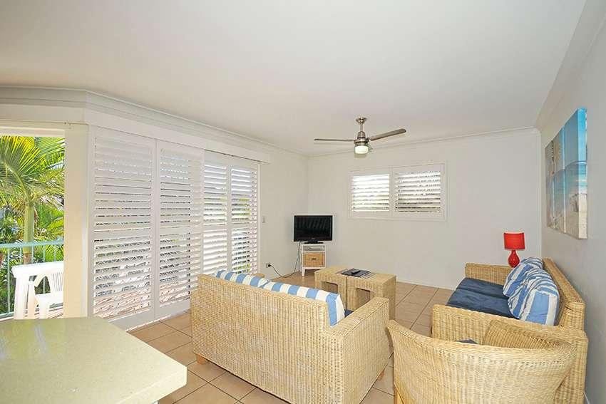 186 'Grande Florida'  7 Redondo Avenue, Miami, QLD 4220