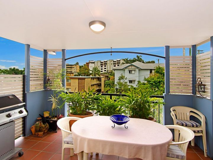 7/4 Lisson Grove, Clayfield, QLD