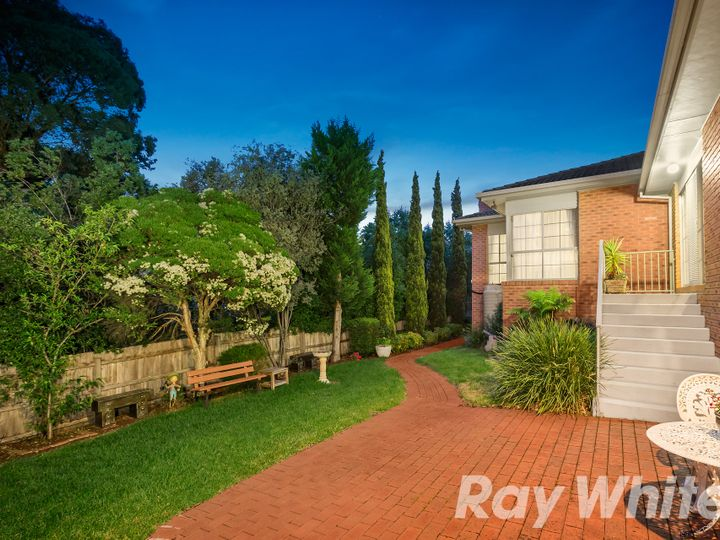 17 David Hockney Drive, Diamond Creek, VIC